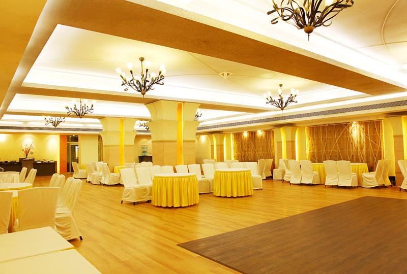 Royal Garden Hotel Juhu Weddings Events Banquet